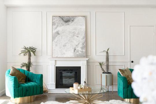 Luxurious white living room