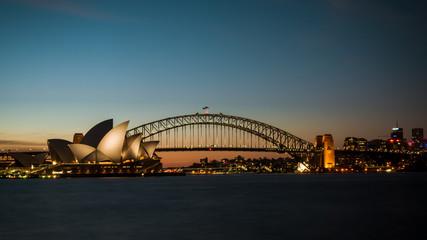 Tuinposter Sydney sydney harbour bridge at night