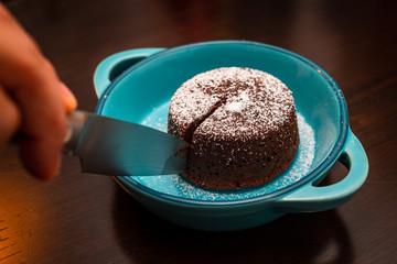 Schokoladensoufflé mit flüssigem Kern