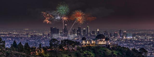 Fototapete - Los Angeles Fireworks Display