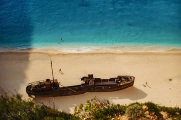 Foto auf Gartenposter Schiffbruch Navagio Bay Shipwreck Beach without people, top down view, Greece, Zakynthos.