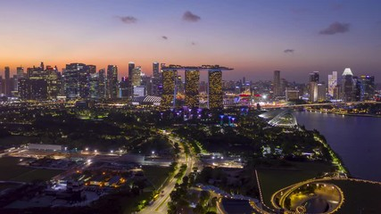 Papier Peint - Hyper lapse of Singapore City Skyline at Marina bay sand in Singapore.