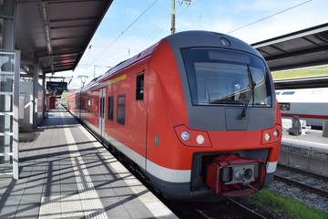 Fototapeta Suburban train at Würzburg Central Station, Germany