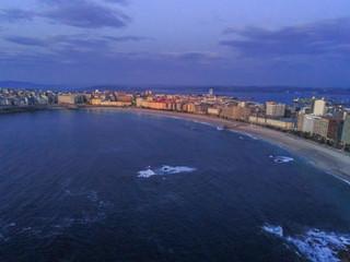 Foto auf Gartenposter Blau Jeans Aerial view in Riazor and Orzan beach.Coruña city, Galicia, Spain