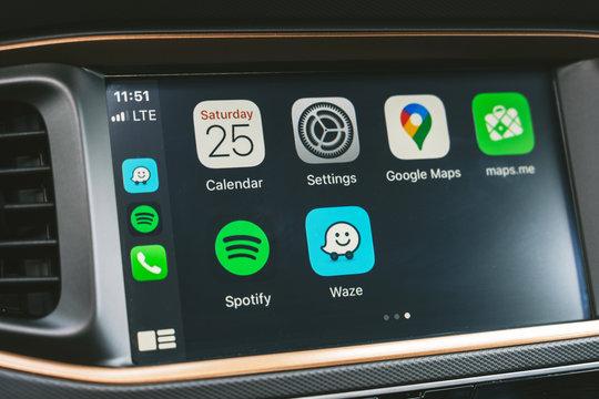 Apple CarPlay in Hyundai Ioniq Electric car