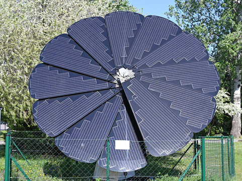flower shaped solar panels in Vienna