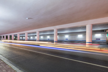 Fotomurales - city underpass at night