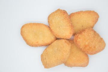 Nuggets de pollo empanizado - breaded chicken nuggets