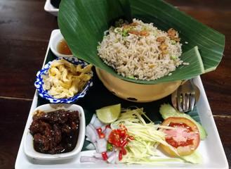 Obraz Fried rice Mixed with Shrimp paste (Kao Cluk Ka Pi), Thai style food - fototapety do salonu