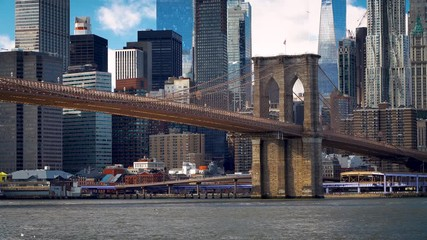 Fototapete - Brooklyn bridge and Manhattan at sunny day, New York City.