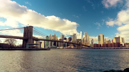 Fototapete - Panoramic view of Brooklyn bridge and Manhattan at sunny day, New York City.