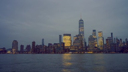 Fototapete - Downtown Manhattan skyline at dusk, New York city