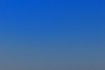 Photo sur cadre textile Bleu fonce 夕方の空(春)