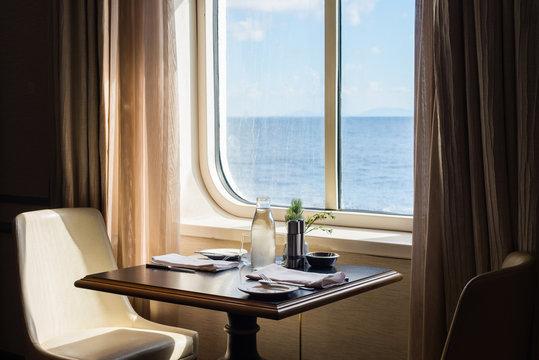 cruise ship restaurant
