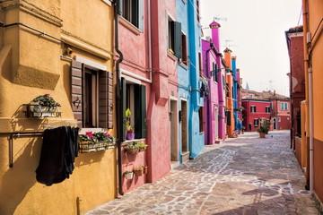 Fotomurales - burano, italien - pittoreske gasse in der altstadt