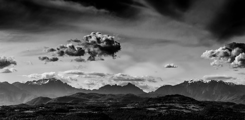 Fotorolgordijn Grijs Little Dolomites in Southern Alps with clouds seen from Vicenza (Black and White)