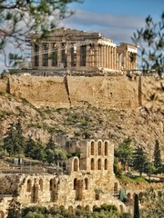 Photo sur Aluminium Athenes Old Ruined Acropolis Of Athens Against Sky