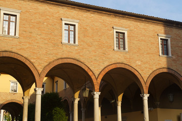 Fototapete - Cloister of San Mercuriale church in Forli, Emilia Romagna
