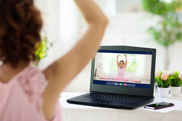 Ballet lesson online. Remote learning for kids.