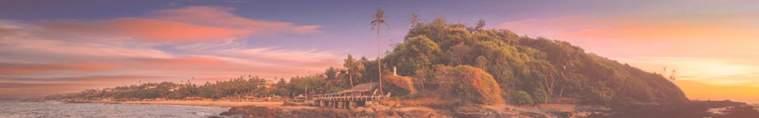 Foto auf AluDibond Cappuccino panorama of the Goa beach