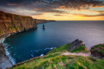 Printed kitchen splashbacks Coast Amazing Cliffs of Moher at sunset in Ireland, County Clare.