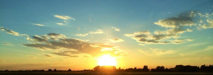 Foto auf Gartenposter Gelb Schwefelsäure Scenic View Of Sunset Over Landscape