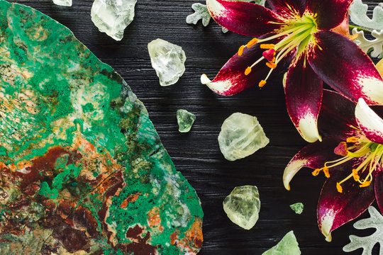 Lillies and Dusty Miller with Chrysocolla Slice and Fluorite