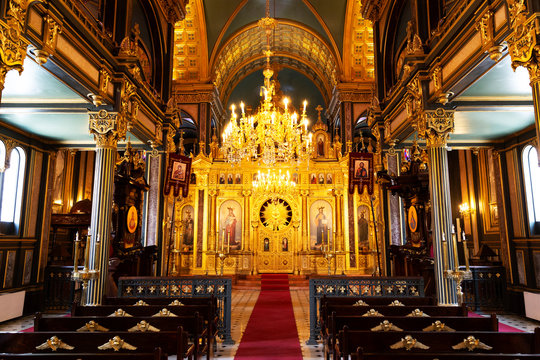 Sveti Stefan Church is known with the names of iron church, bulgarian church. The church in Istanbul balat is a historical church made of iron.