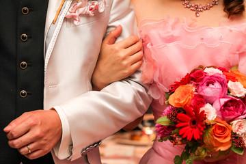 結婚式、幸せなふたり