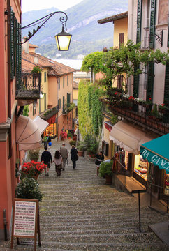 Alley to the port in Bellagio, Lombardy, Italy