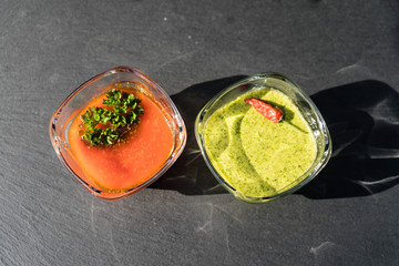 Mojo Rojo und Mojo verde