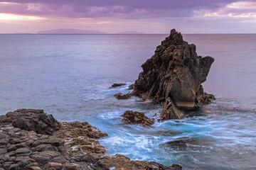 Tagesanbruch an der Ostküste der Insel Madeira