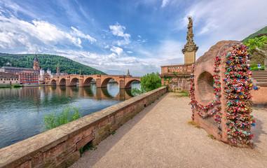 Alte Brücke Heidelberg, Nepomuk, Liebesschlösser