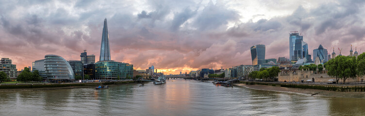 Printed roller blinds London Panoramic view of London skyline along the Thames river during sunset time, London, United Kingdom.
