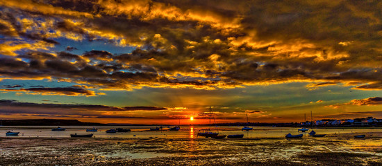 Dramatic Sky Over Sea During Sunset - fototapety na wymiar