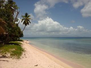 Autocollant pour porte Caraibes Scenic View Of Beach Against Sky