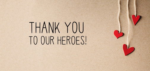 Autocollant pour porte Fleur Thank You to Our Heroes message with handmade small paper hearts