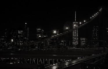 Fototapeta Illuminated Cityscape Seen From Brooklyn Bridge At Night obraz
