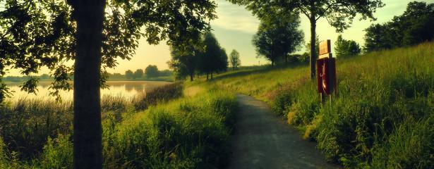 Foto auf Acrylglas Schwarz Scenic View Of Landscape Against Sky