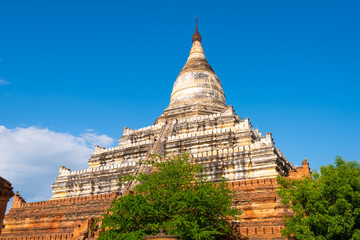 Fototapete - Bagan, Myanmar ancient Shwesandaw Pagoda