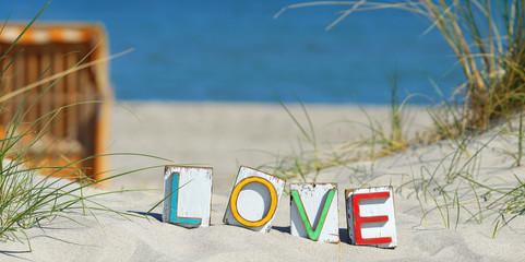 Wall Mural - Love - aus Liebe zum Sommer, Urlaub machen