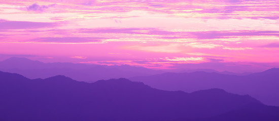 Poster Violet The Mountain at The Sunrise