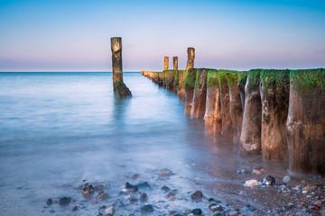 Wall Mural - Buhne an der Küste der Ostsee bei Graal Müritz