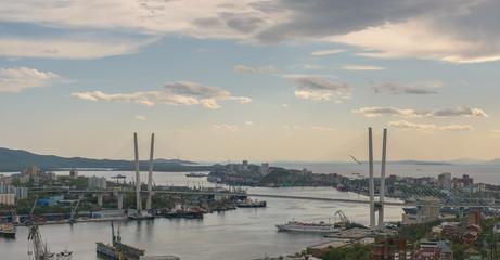 Fotomurales - Vladivostok cityscape at sunset view.