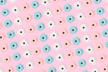 Pink, blue and white Chamomile or gerbera floral pattern.