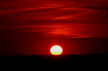 Foto auf AluDibond Violett rot View Of Silhouette Landscape At Sunset