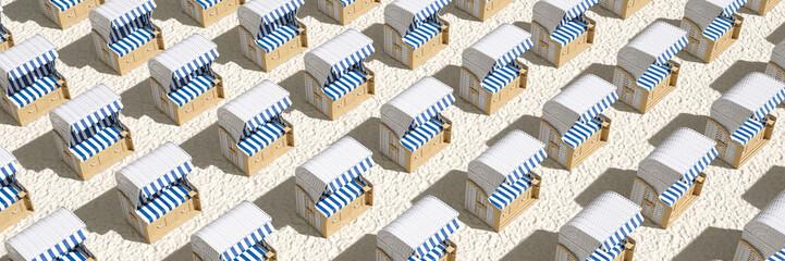 Viele leere Strandkörbe am Strand der Nordsee oder Ostsee
