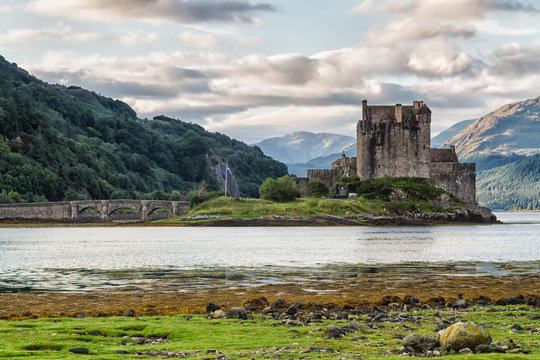 Eilean Donan Castle, Loch Duid, Highlands, Scotland, United Kingdom