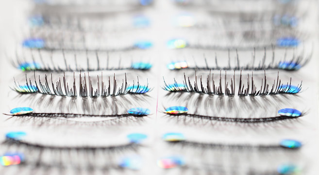 Set of  black false eyelashes