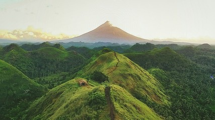 Scenic View Of Volcano By Mountains Against Sky Fototapete